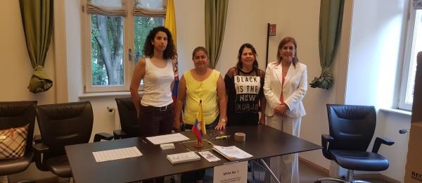 Inició la jornada electoral presidencial 2018 para la segunda vuelta en el Consulado de Colombia en Milán